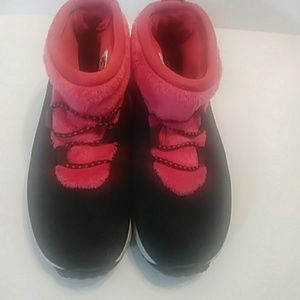 Women Nike size 6: Half Baked rare shoes